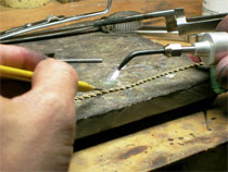 professional jewelry repair, refinishing and refurbishment services and laser welding